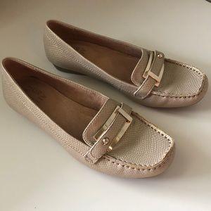 Naturalizer loafer